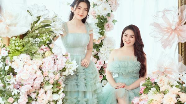 """Người đẹp Việt khoe nhan sắc """"ăn gian tuổi"""",  dân tình còn đặc biệt chú ý đến ái nữ bởi gương mặt xinh như hoa hậu"""