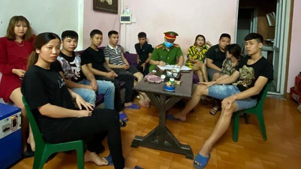 """Quảng Ninh: Tóm gọn nhóm dân chơi đang bay lắc điên cuồng ở quán karaoke hoạt động """"chui"""""""