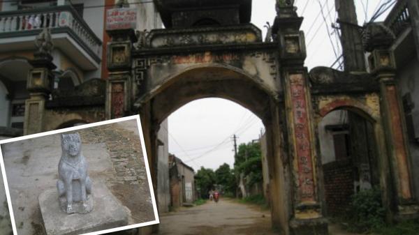 Những câu chuyện ly kỳ xung quanh hai chú chó thần canh giữ cổng làng Phục Lễ- Hưng Yên