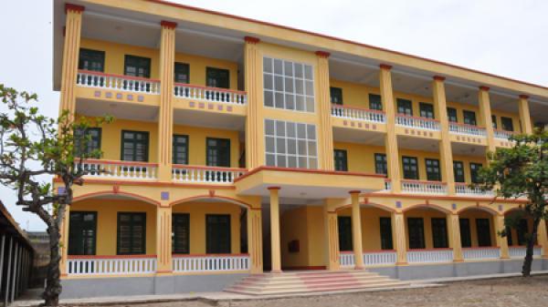 Trường THPT Trần Hưng Đạo ở Tiên Lữ (Hưng Yên) được công nhận chuẩn quốc gia