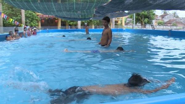 Hưng Yên lắp đặt 10 bể bơi di động tại trường học cho thiếu nhi