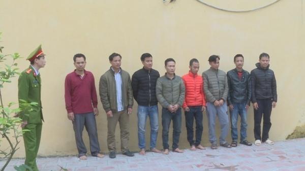 Mỹ Hào (Hưng Yên): Bắt 13 con bạc đang say sưa sát phạt trong đám liên hoan