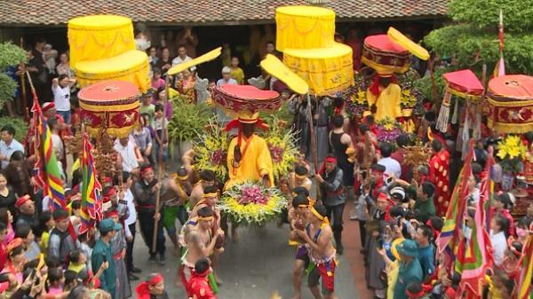 Độc đáo lễ hội cầu mưa năm 2018 ở Văn Lâm, Hưng Yên