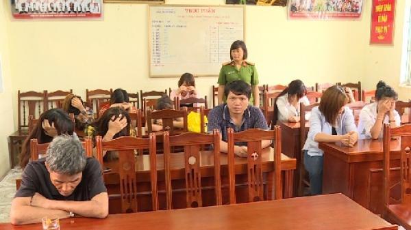 Phát hiện 4 đối tượng sử dụng ma túy tại quán karaoke ở Khoái Châu