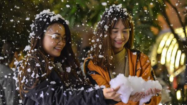 Giáng sinh năm nay, ngay gần Hưng Yên có một địa điểm mưa tuyết lãng mạn như ở trời Âu không thể bỏ lỡ