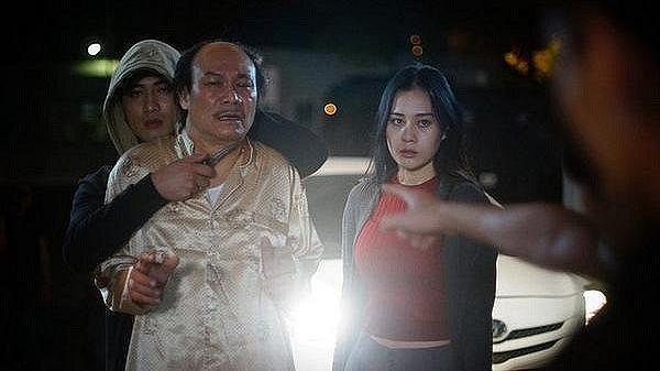 Lộ clip gay cấn và mới nhất trong tập 13 'Quỳnh búp bê': Cảnh đến tận nhà sát hại lão Cấn