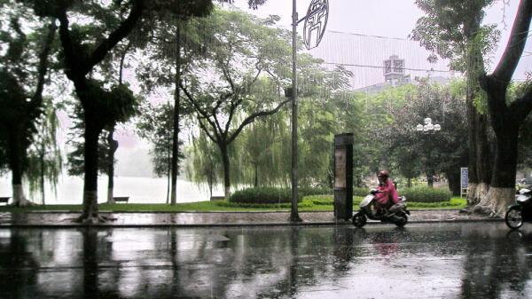 TIN NÓNG: Xuất hiện vùng áp thấp trên Biển Đông, có khả năng mạnh lên thành áp thấp nhiệt đới