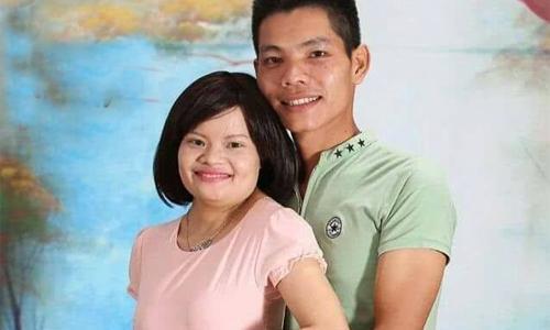 Thu và anh Dũng yêu nhau mới được 3 tuần thì cô bị ung thư buồng trứng. Chàng trai Hưng Yên ngay từ ngày đó đã nguyện ở bên chăm sóc cô.