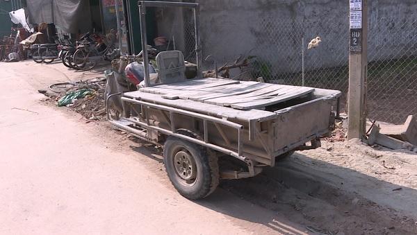 Những xe tự chế như thế này vẫn lưu thông bình thường tại Văn Giang